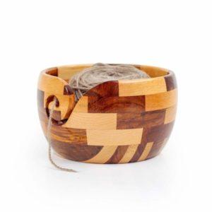 Cuenco de madera para tejer