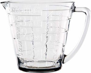 jarra medidora de cristal